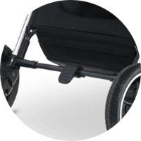 центральный стояночный тормоз блокирует одновременно 2 задних колеса